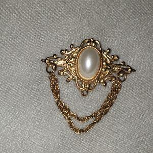 Antique Broach, costume jewelry